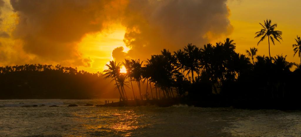 Bezny zapad slnka na Sri Lanke